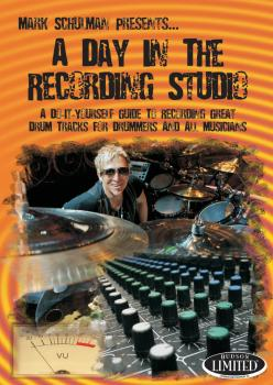 A Day in the Recording Studio: A Do-It Yourself Guide to Recording Gre (HL-00320990)
